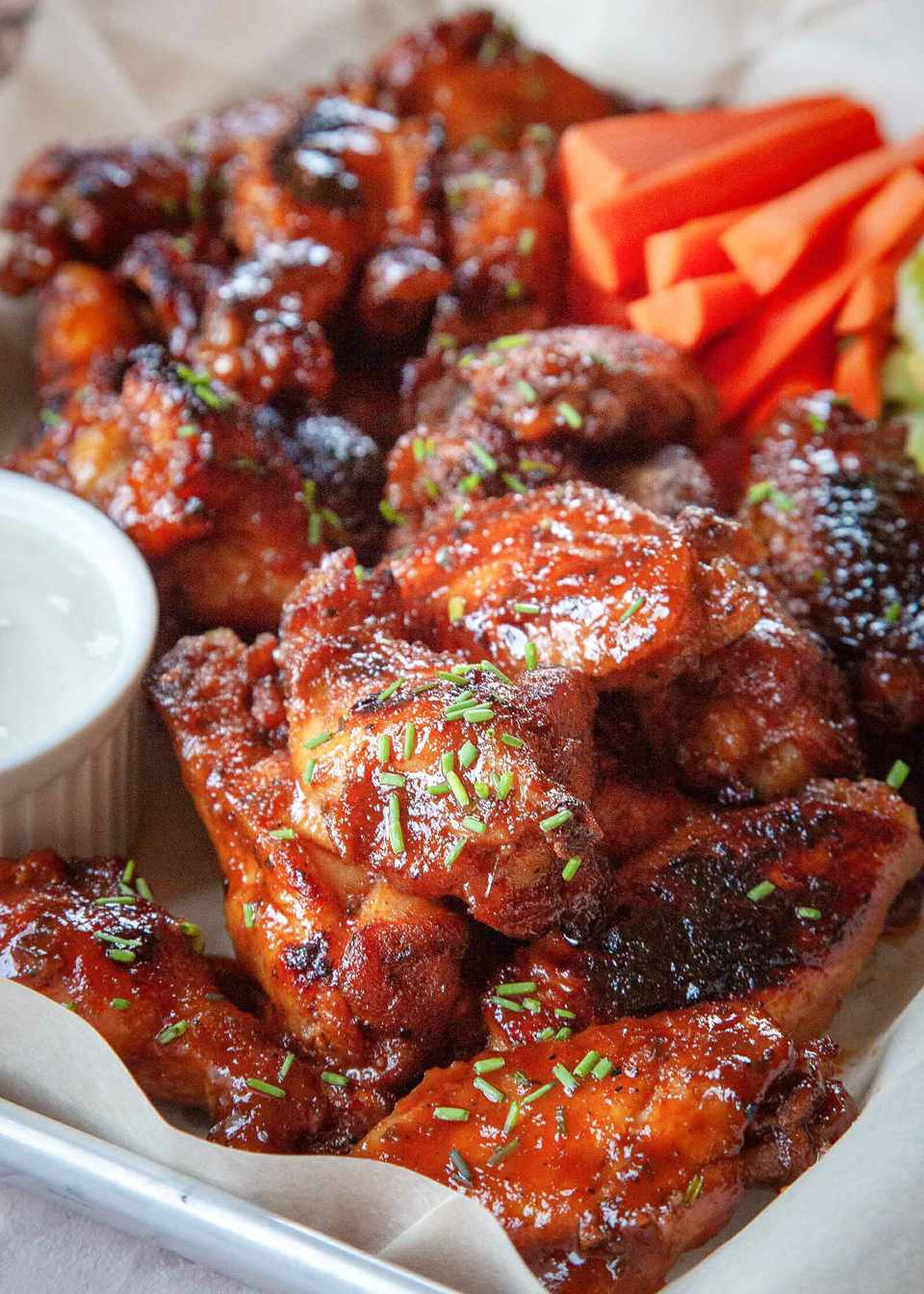 Crock pot buffalo Chicken Wings with Honey and hot sauce