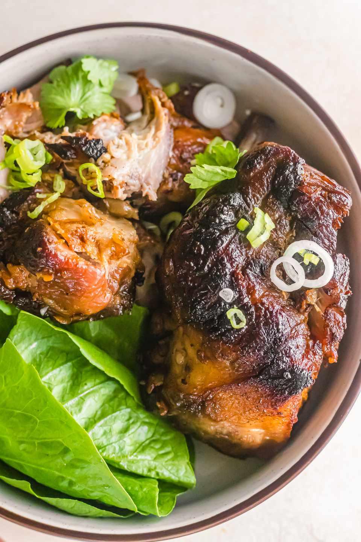 Roast meat in a dutch oven