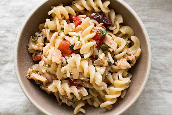 Mediterranean Tuna Pasta