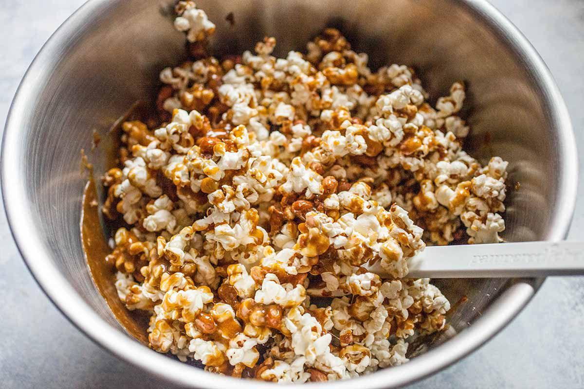 Caramel Popcorn recipe coat the caramel with popcorn