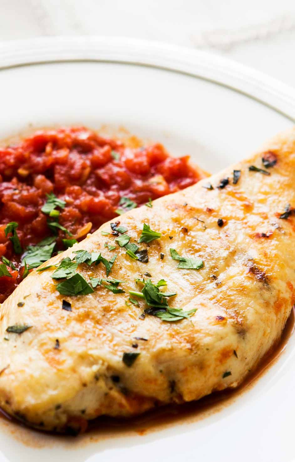 Grilled Chicken Tarragon with Tomato Sauce