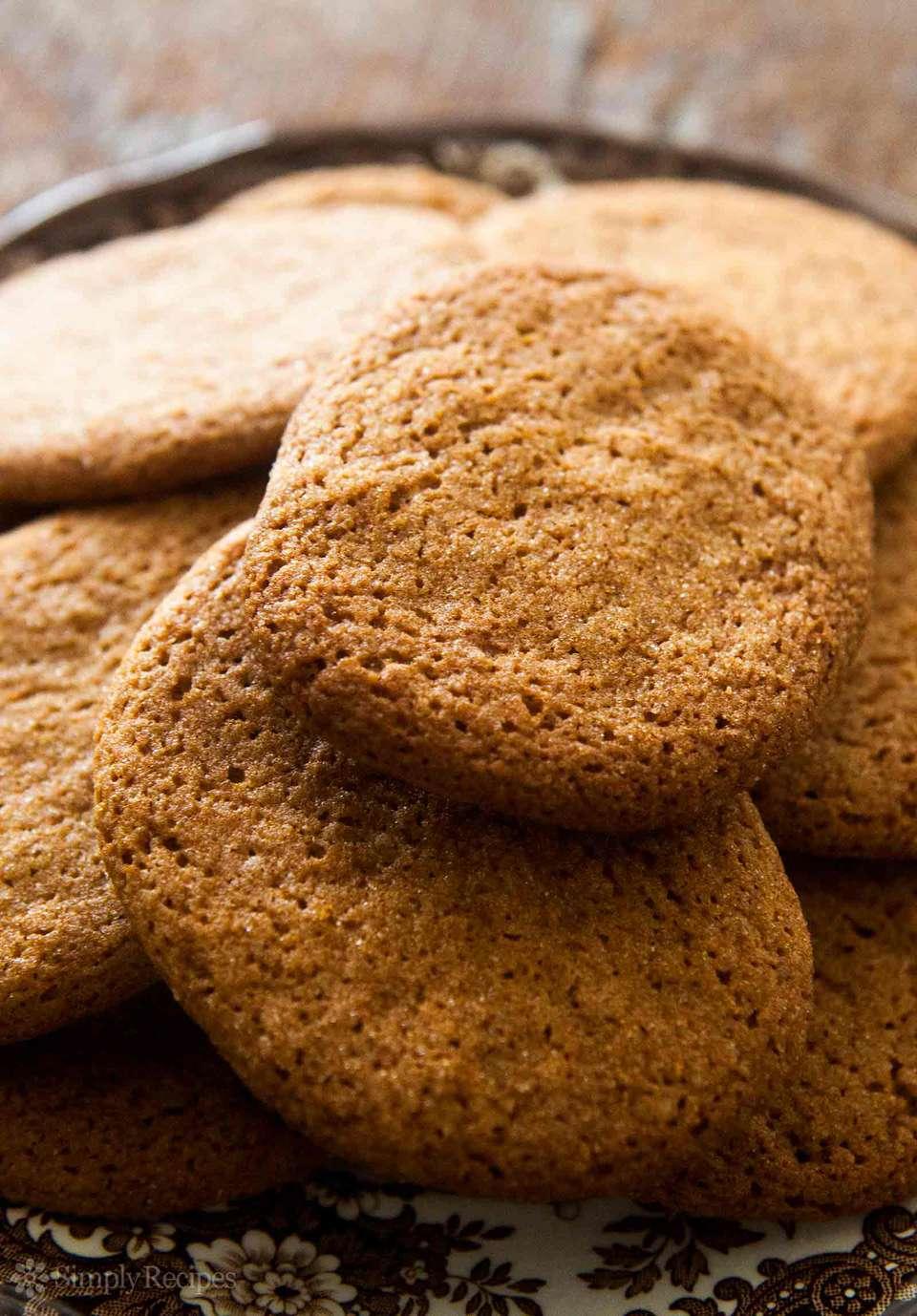 Cinnamon Snap Cookies