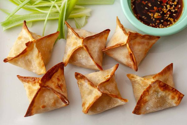 Cream cheese and crab wontons made in the air fryer