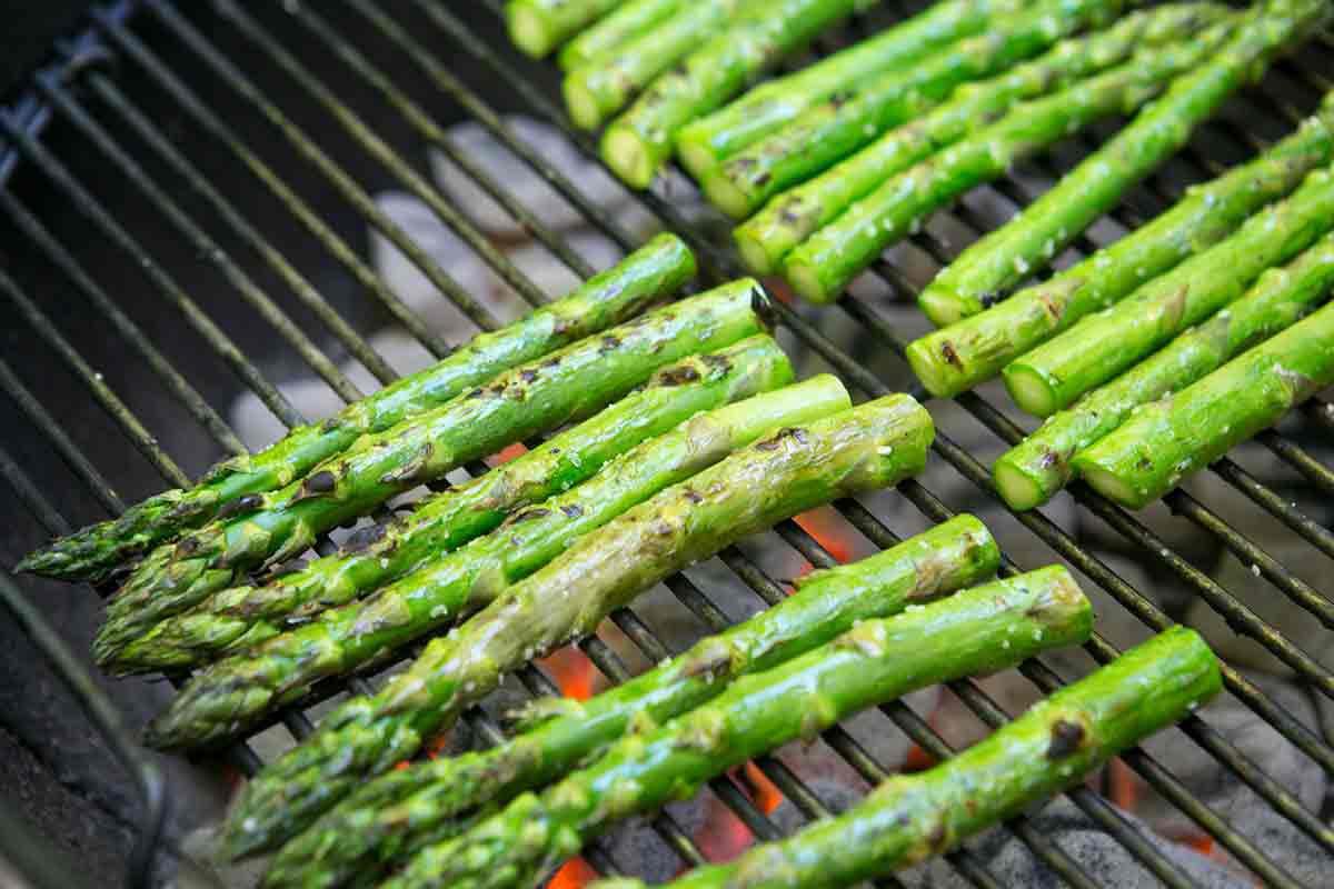 grilled-asparagus-method-2