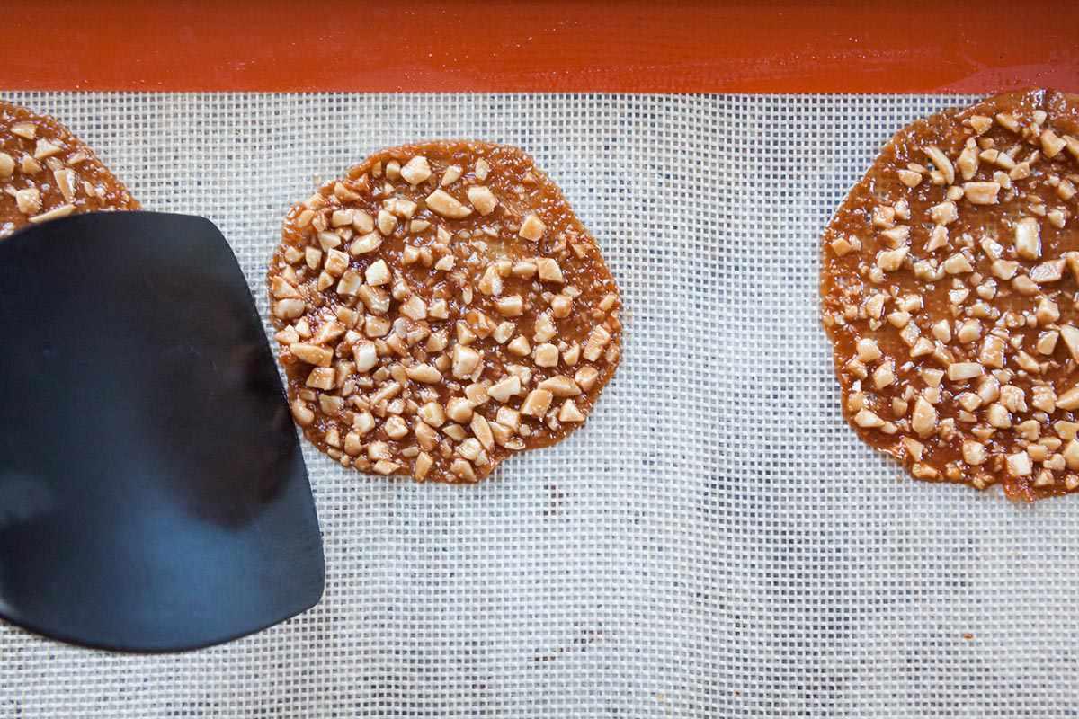Chocolate Florentine Cookies