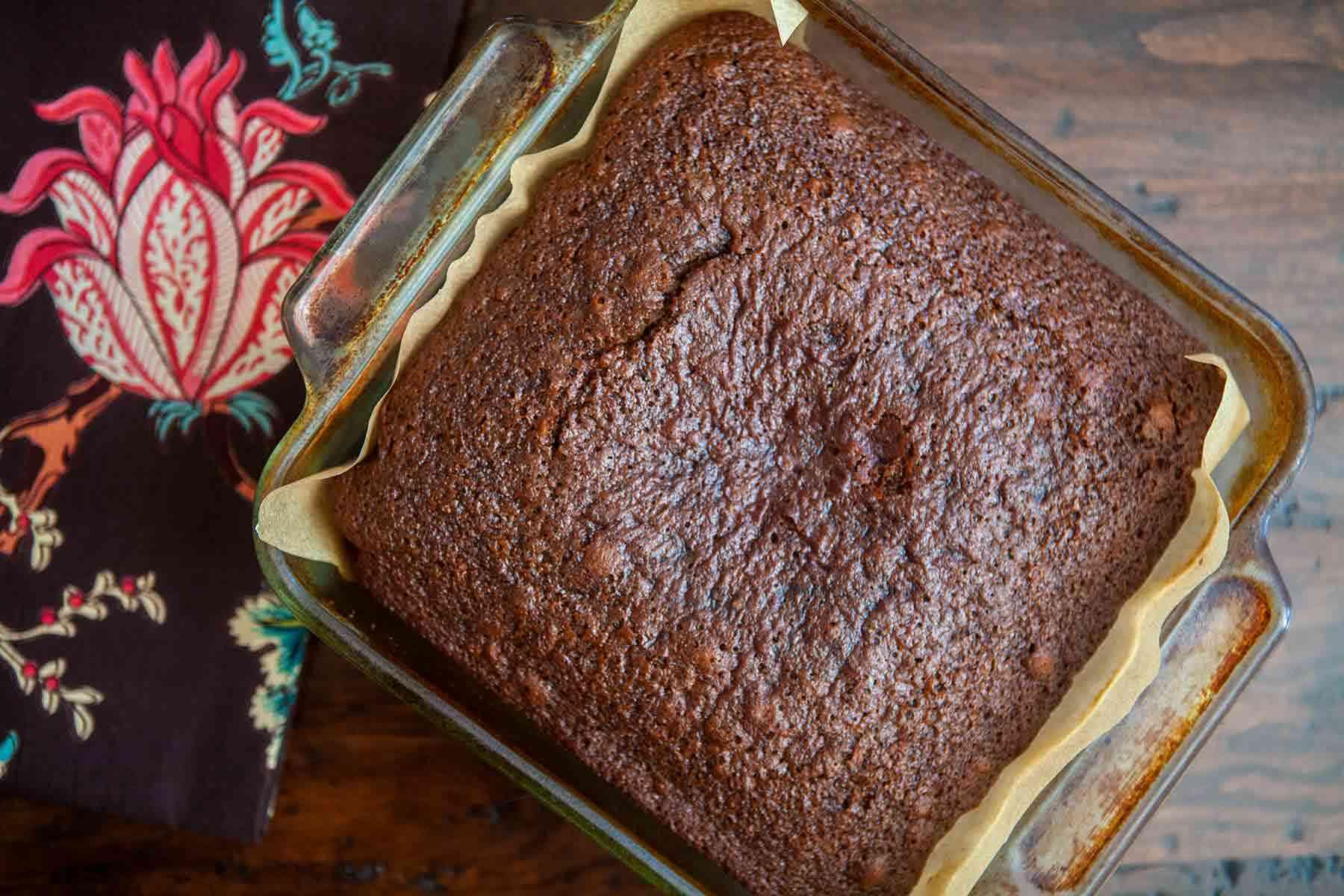 Triple Gingerbread Cake In Baking Glass