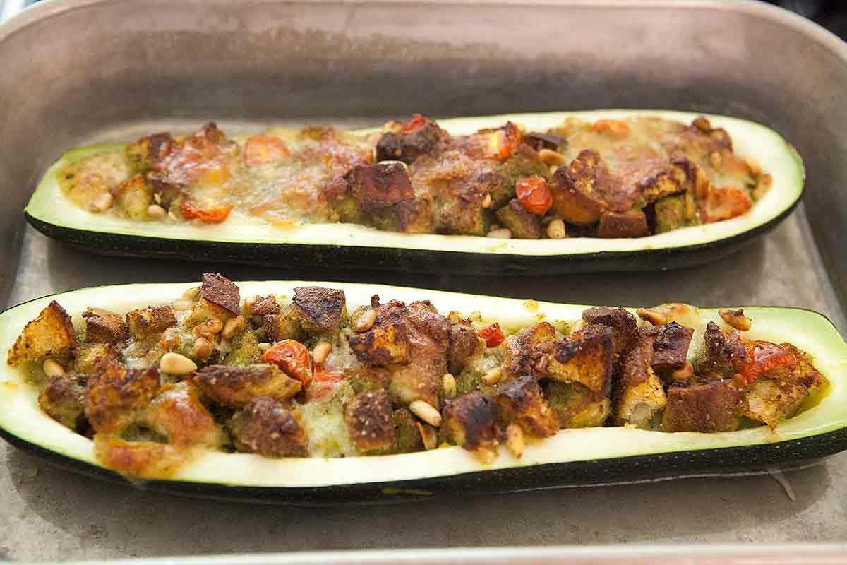pesto-stuffed-zucchini-method-3