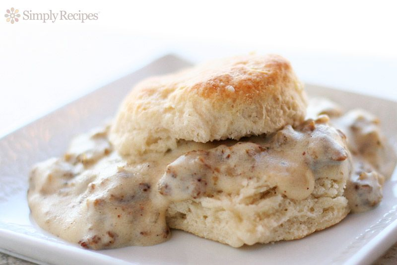 How To Make Biscuits And Gravy Homemade