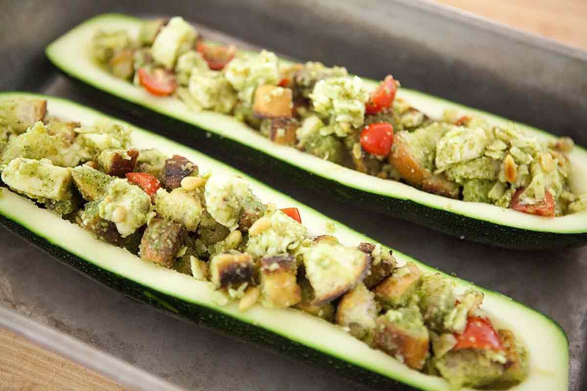 pesto-stuffed-zucchini-method-2