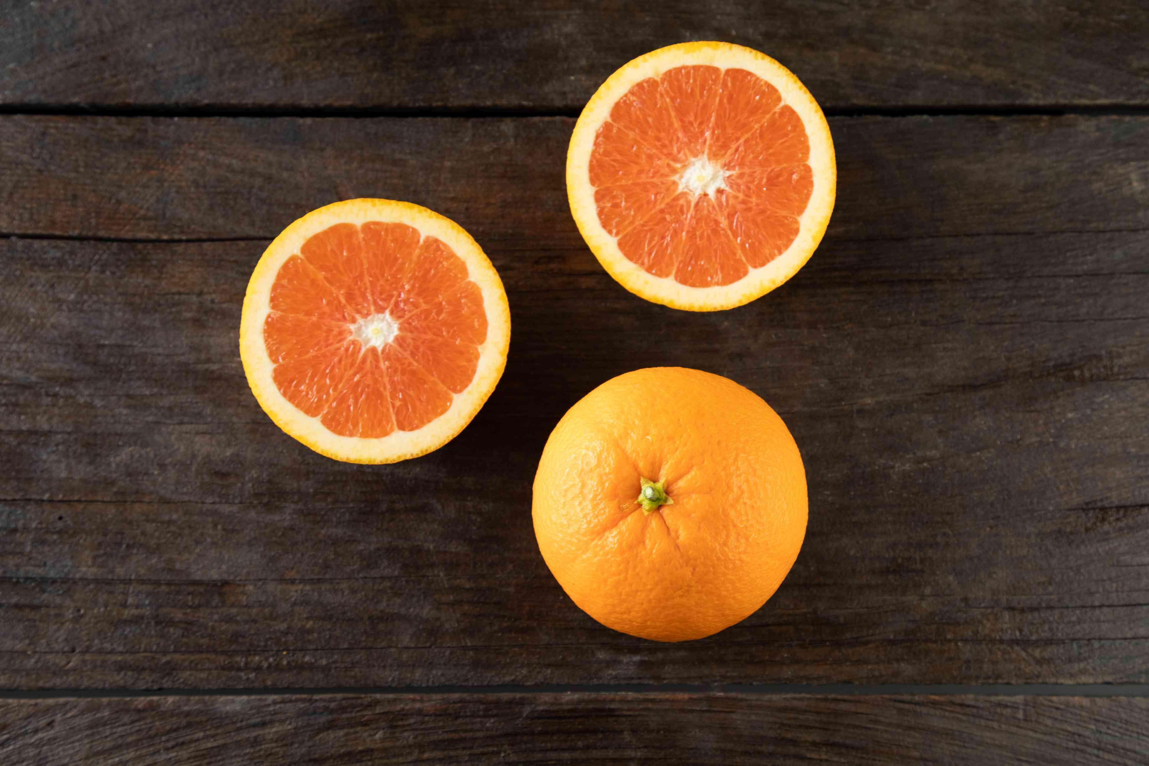 Cara Cara oranges on dark background