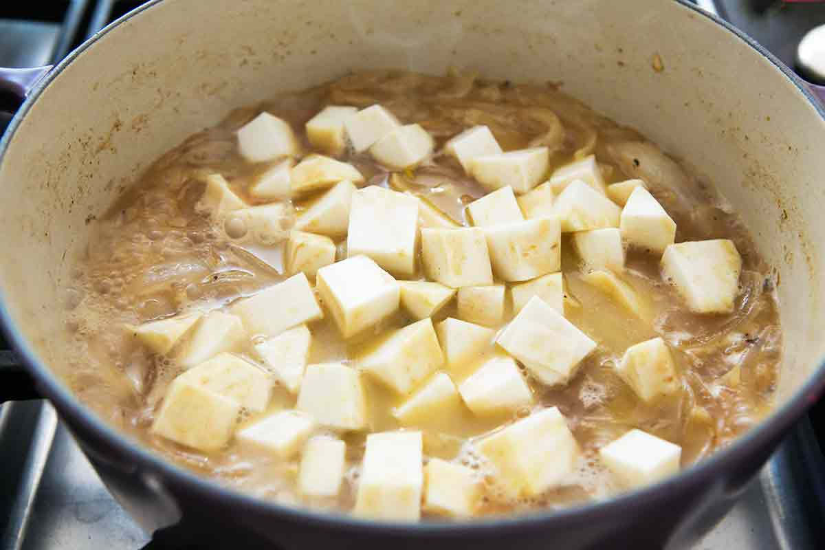 add celery root to onions and ale