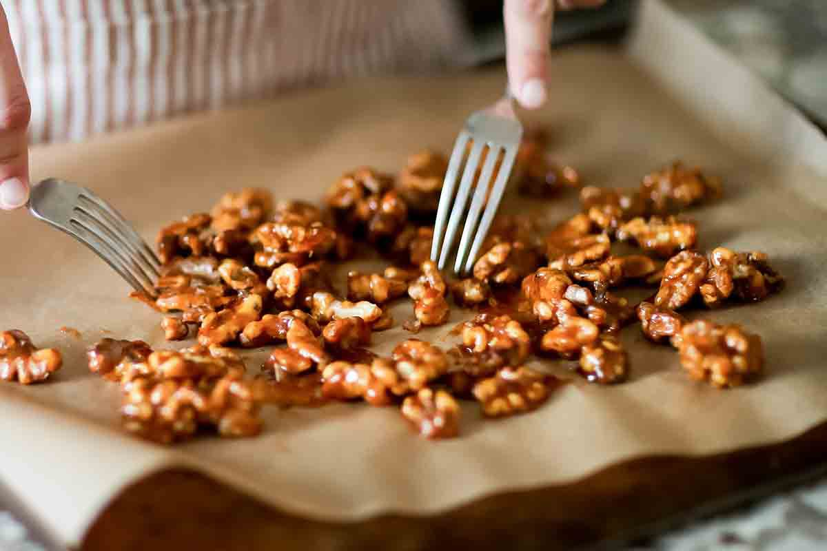 How to Candy Walnuts - separate the walnuts