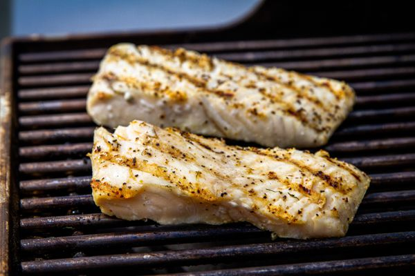 Fish on grill grates