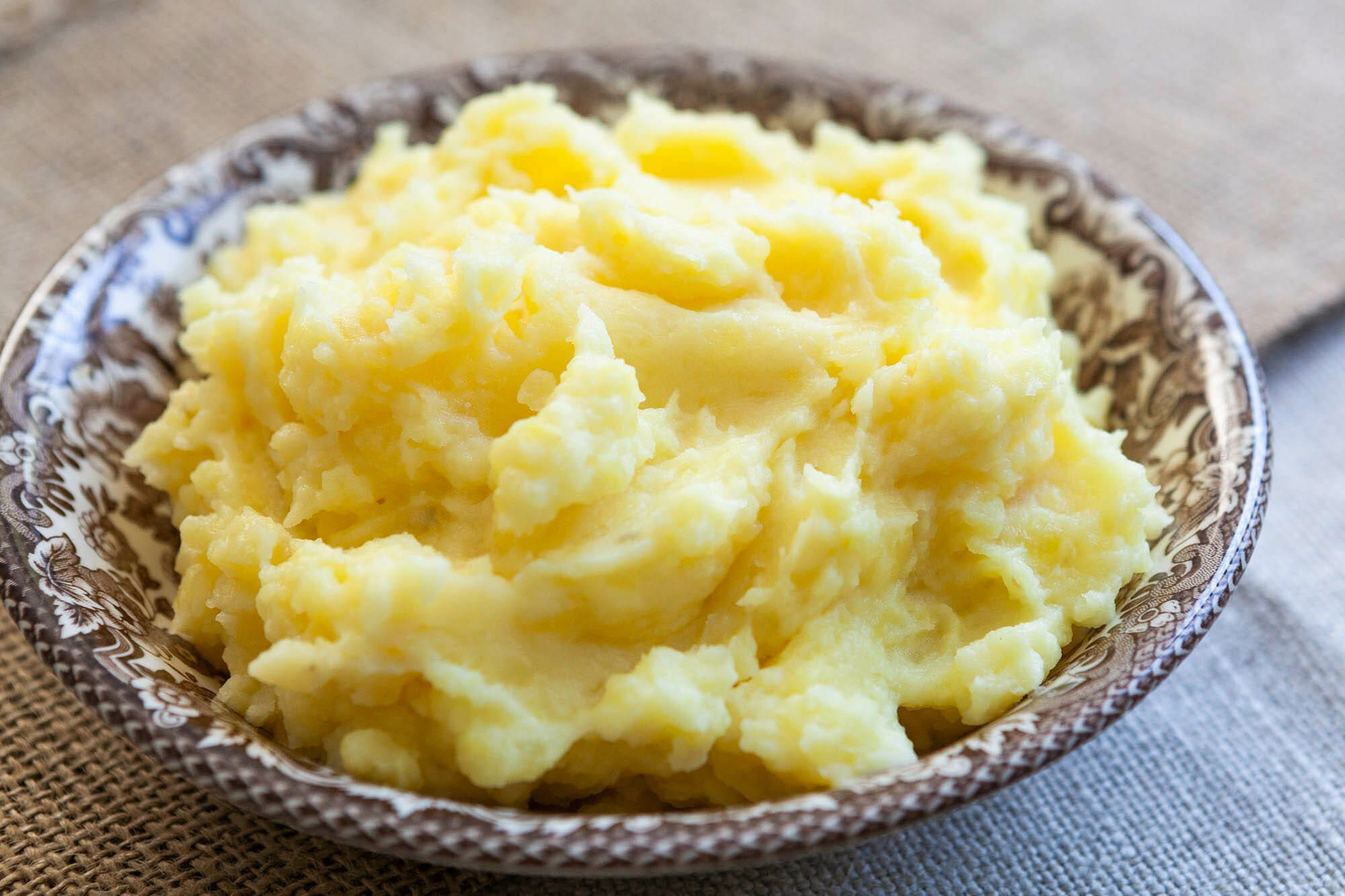 Perfect Mashed Potatoes Recipe {with Video}