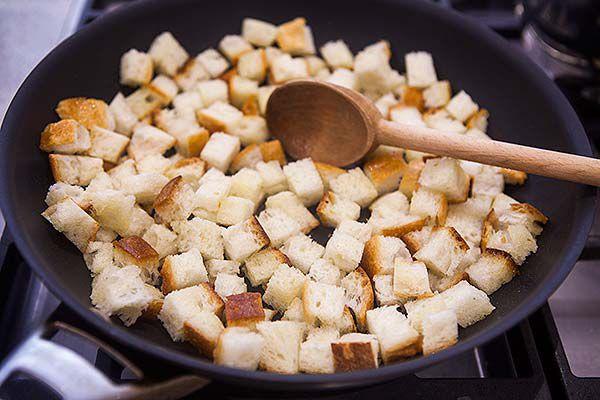 how-to-make-croutons-method-3