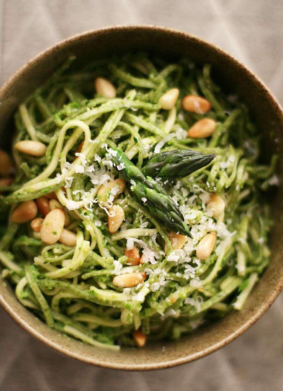 Asparagus Pesto with Pasta