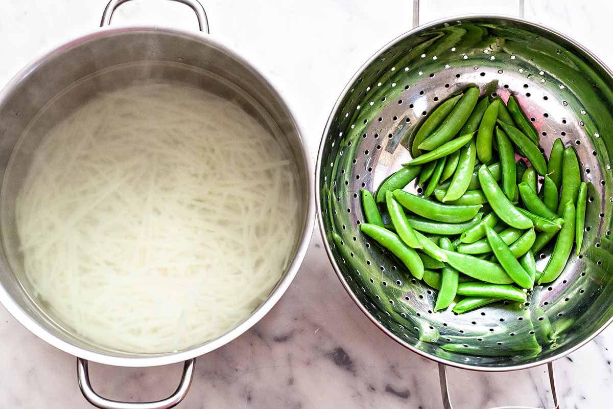 Easy Steak Noodle Bowl Recipe - peas and noodles