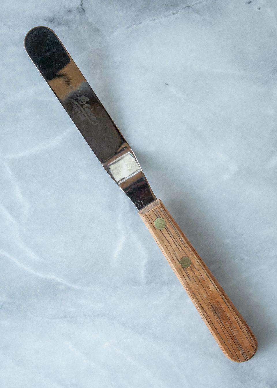 An Ateco offset spatula
