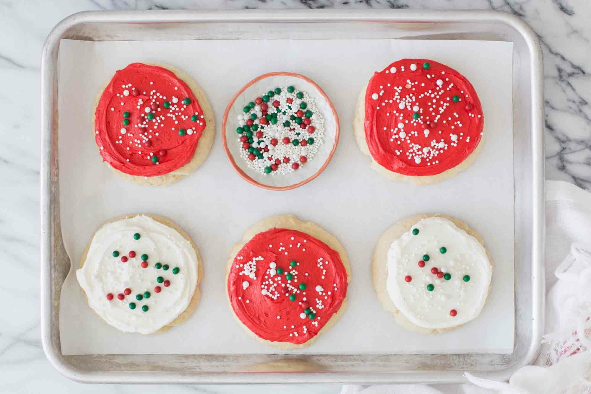 Sugar Cookies with Christmas Frosting