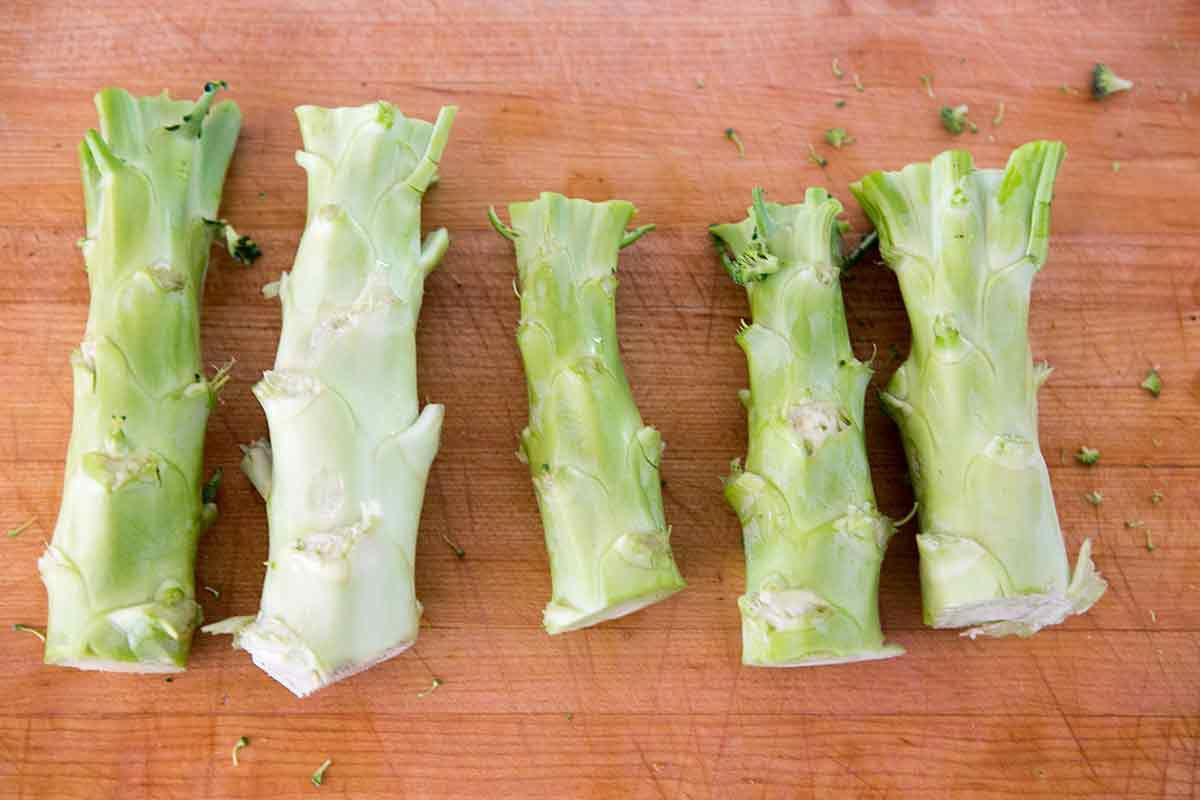 broccoli-slaw-cranberry-dressing-method-2