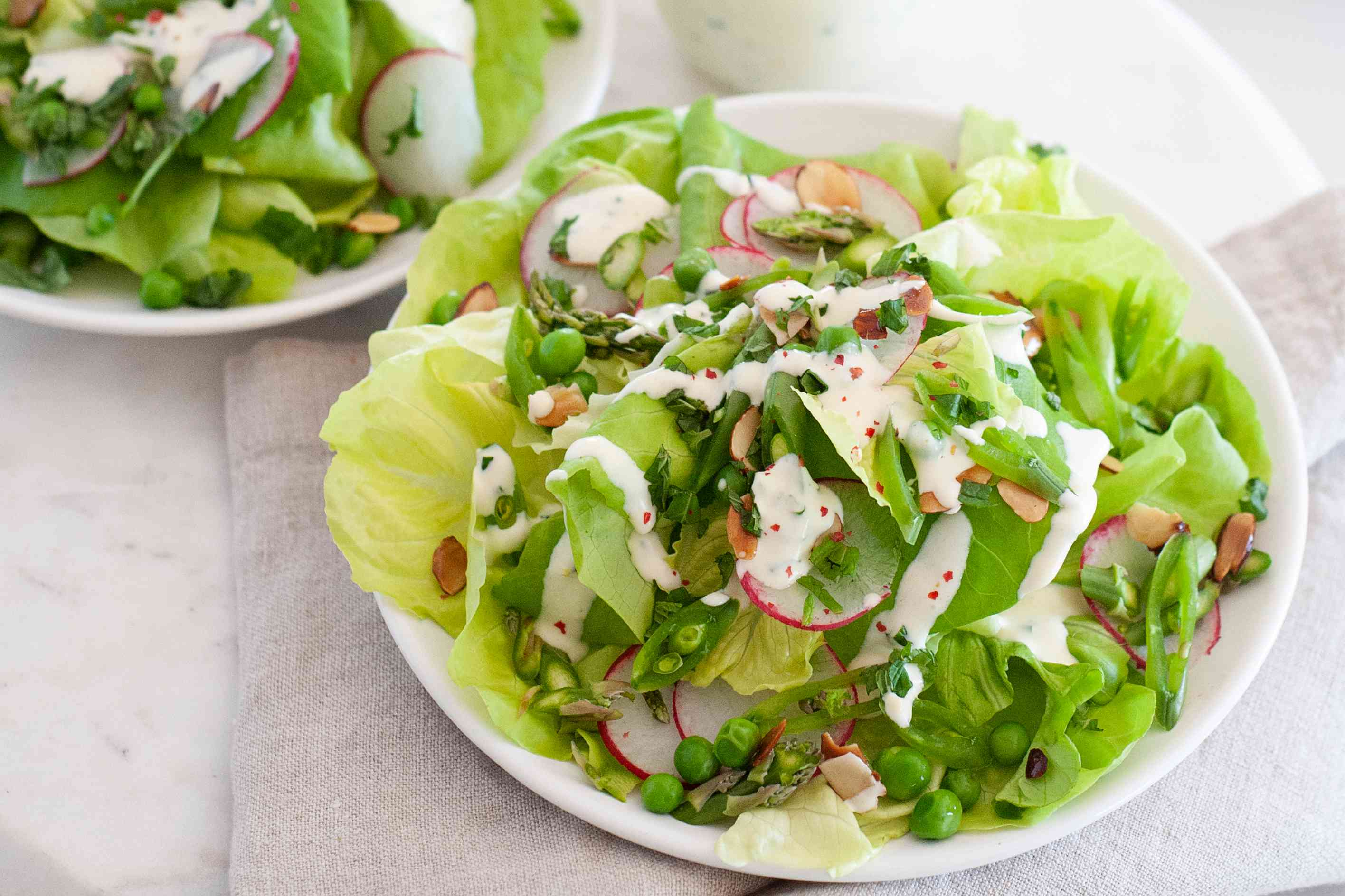 Green Spring Salad with Asparagus and Peas