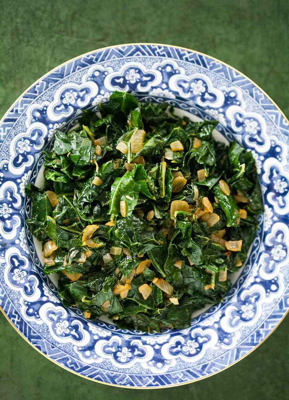 Sautéed Kale with Smoked Paprika