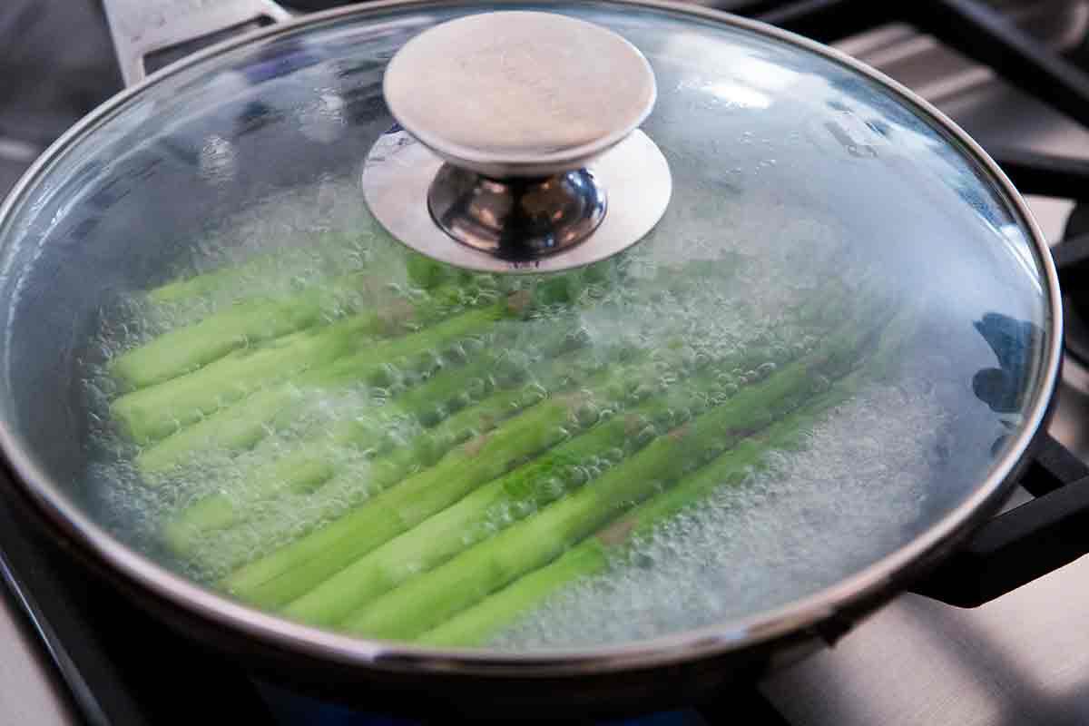 cover pot to boil asparagus