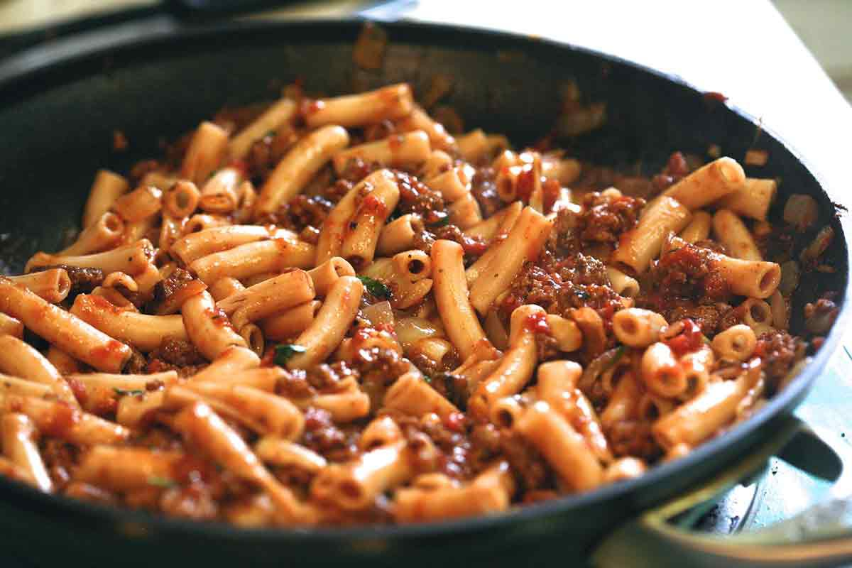 add penne pasta to meat sauce for penne pasta recipe