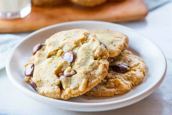 Sunflower Butter Chocolate Chip Cookies