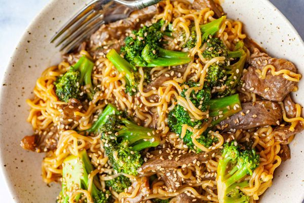 Beef and Broccoli with Ramen Noodles