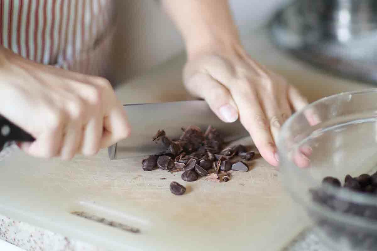 Best Gluten-Free Chocolate Chip Cookies chop the chocolate