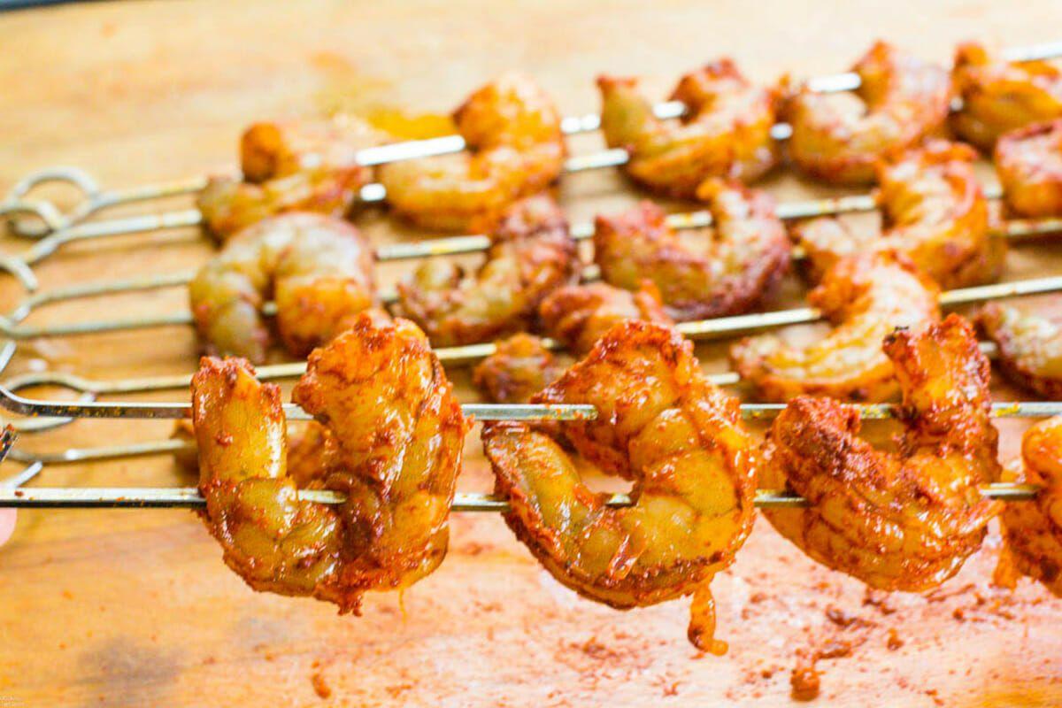 Taco Bowls with Grilled Shrimp Recipe skewer the shrimp