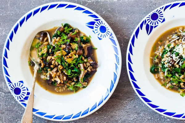 Farro with Mushrooms and Spinach