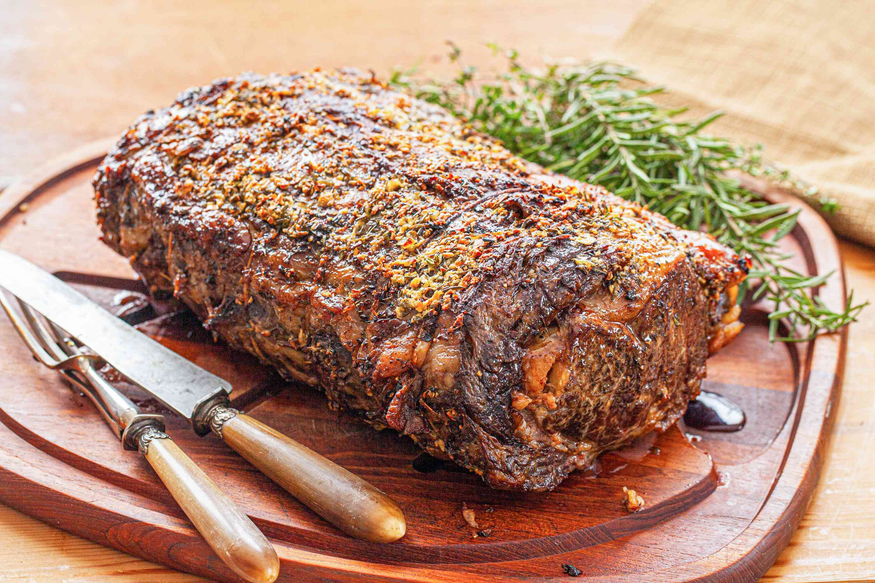 Rosemary and Thyme Prime Rib ready to be served.