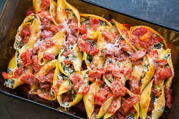 Sausage Spinach Ricotta Stuffed Shells