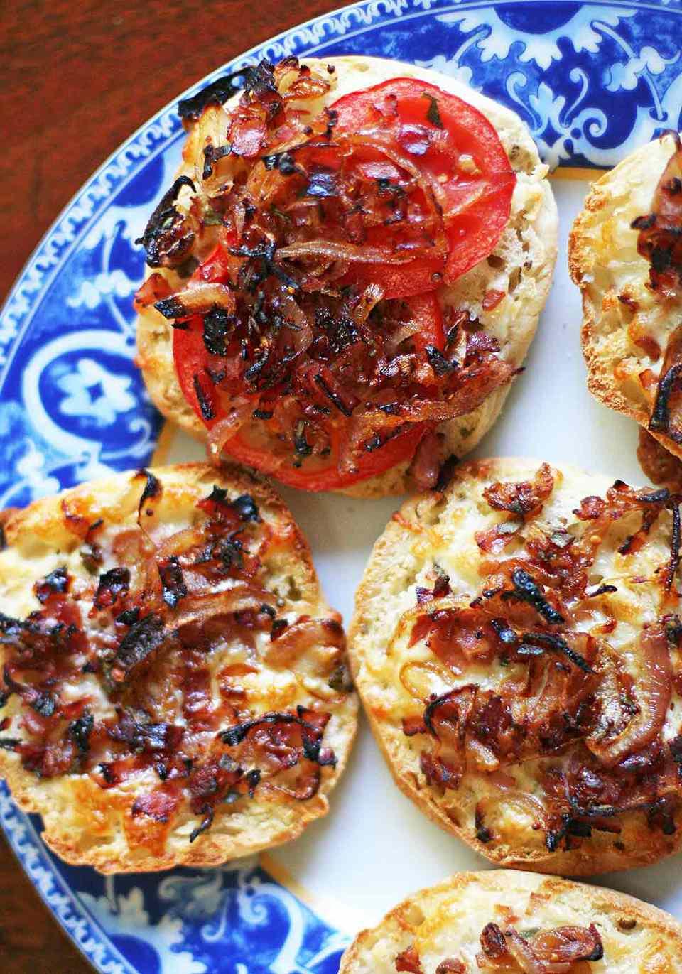 caramelized onion English muffin pizza
