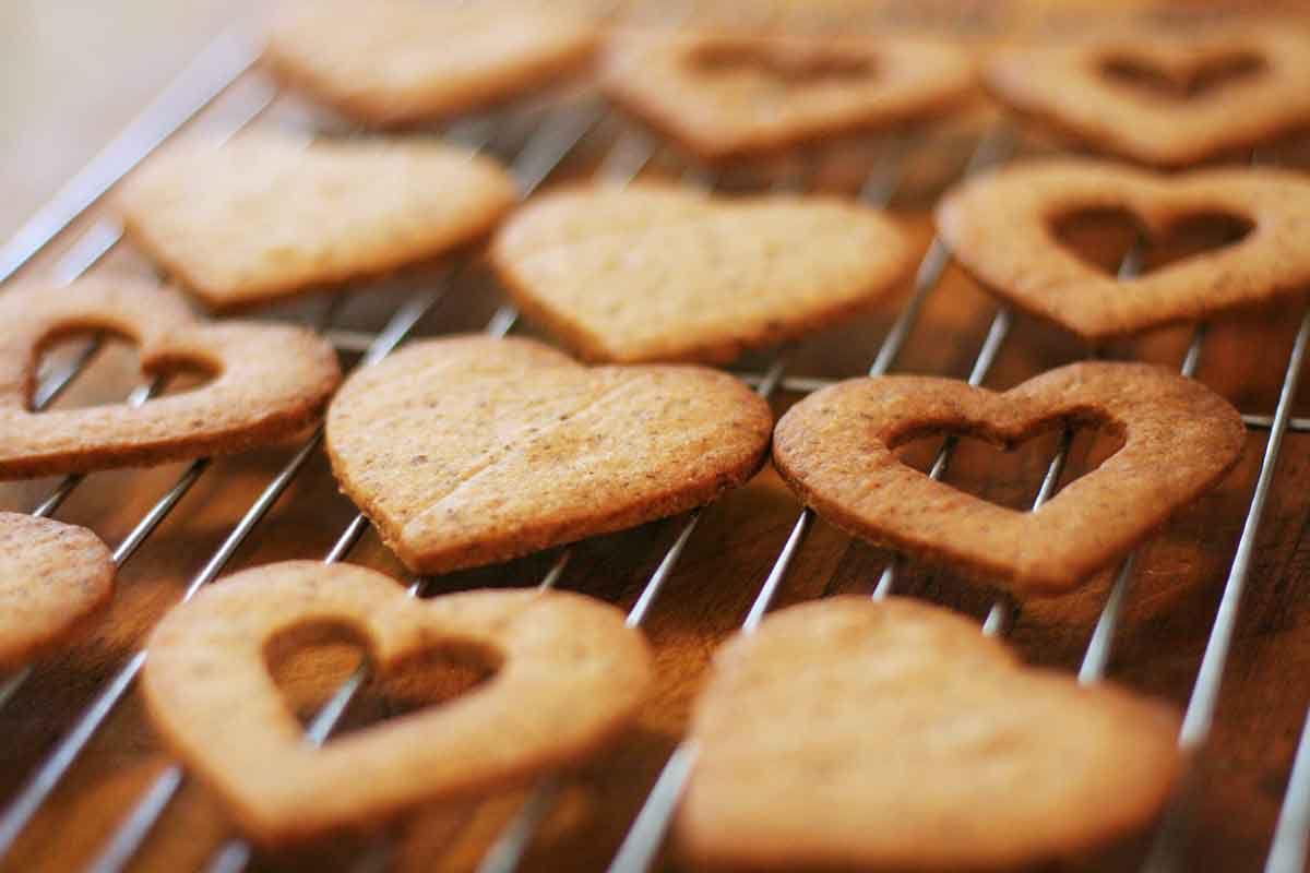 valentine-linzer-cookies-method-3