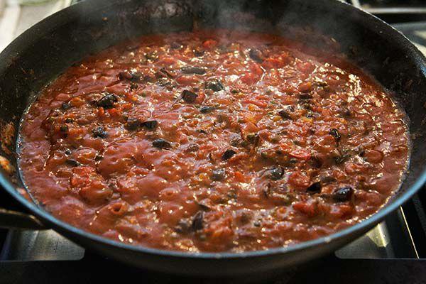 pasta-puttanesca-method-600-5