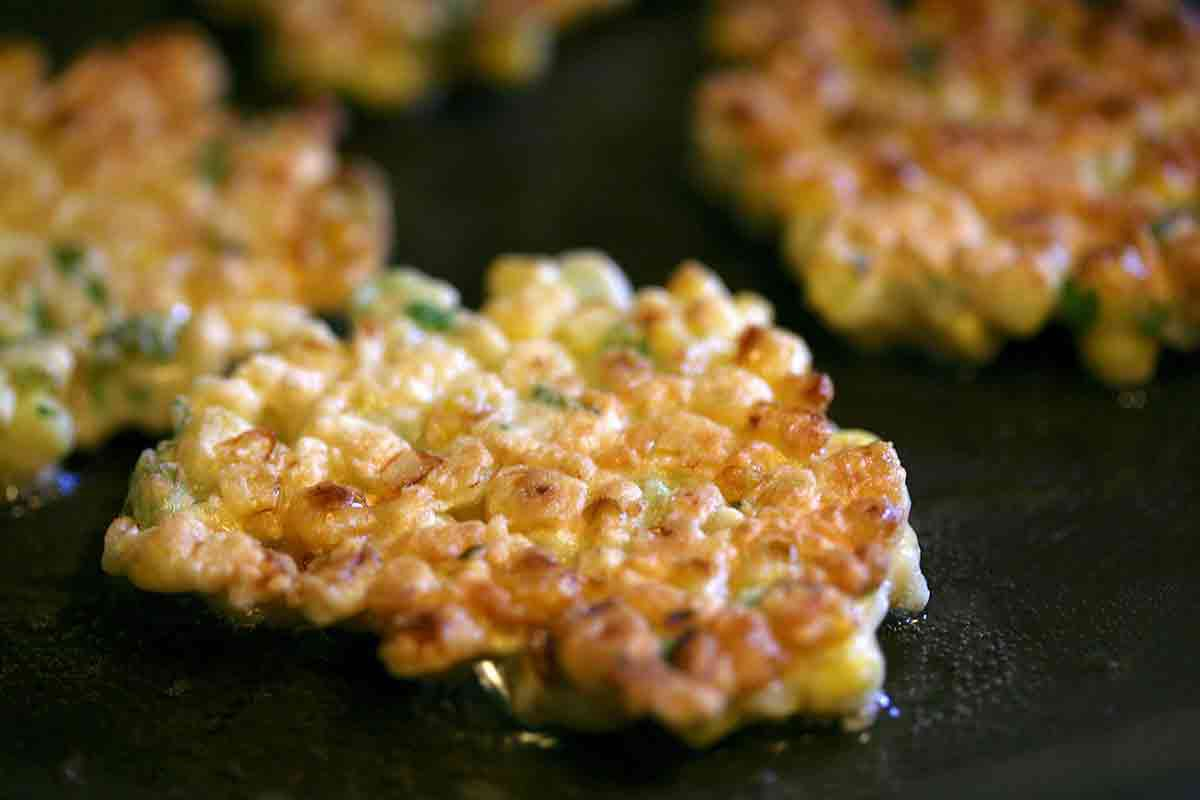 fry corn fritters