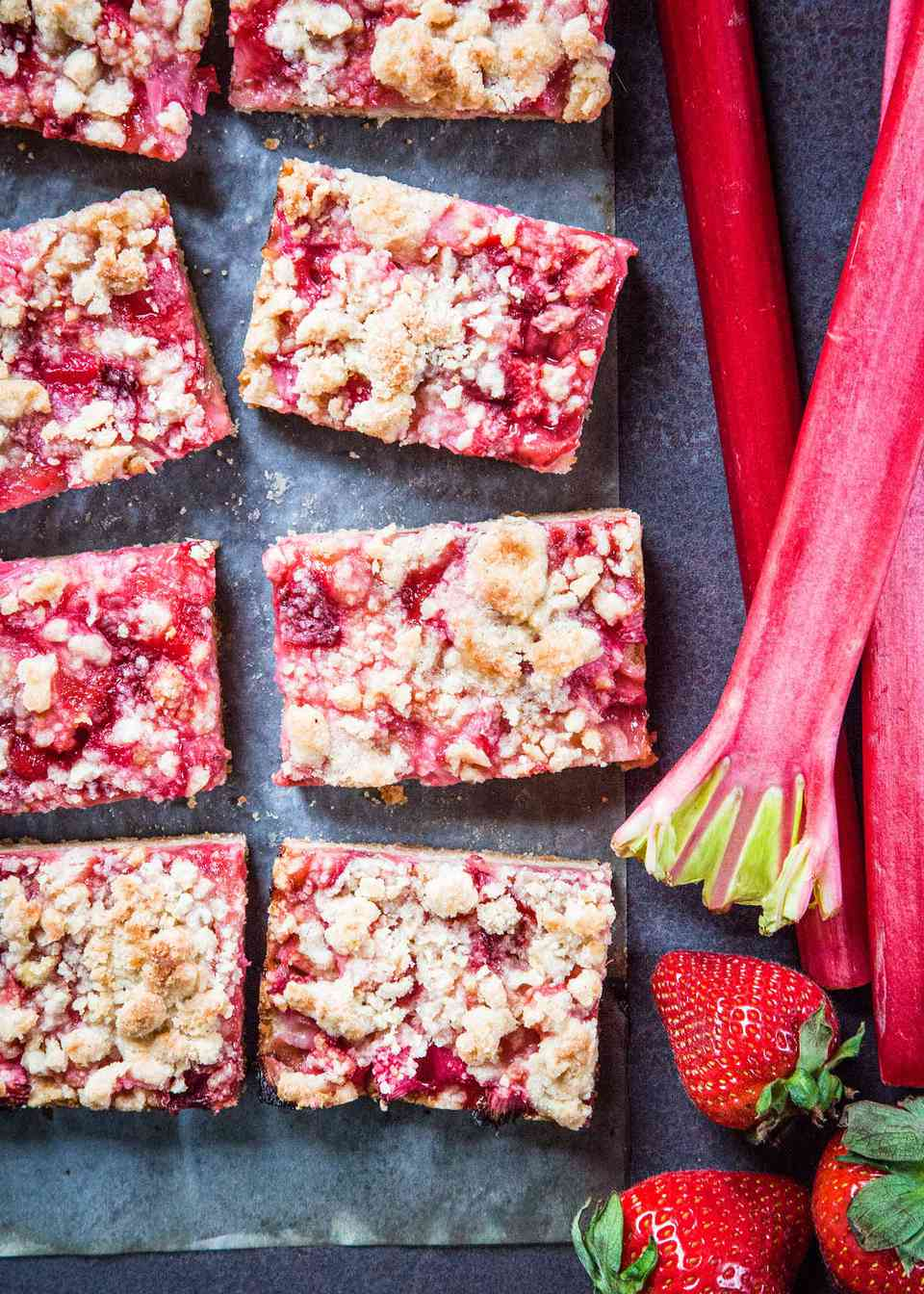 Crumb Bars with Rhubarb and Strawberry