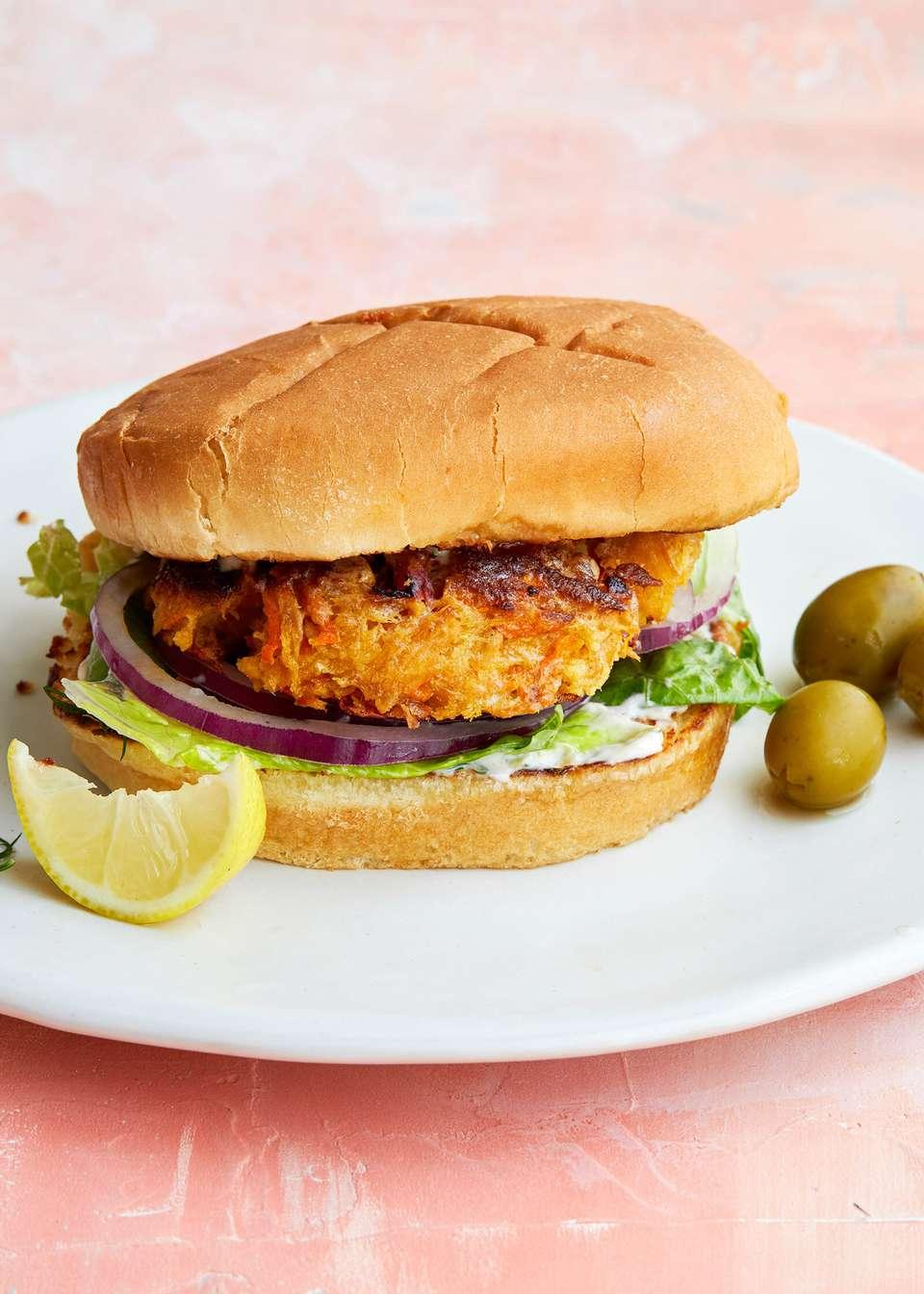 How to Make Tuna Burgers