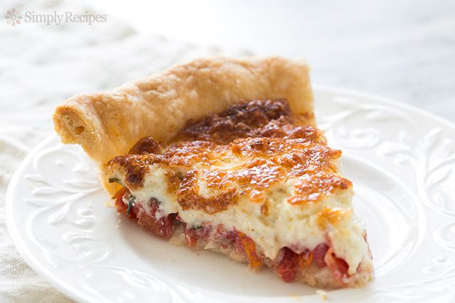 Single slice of tomato pie on a plate