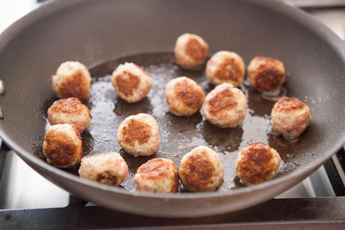cranberry-glazed-meatballs-method-9