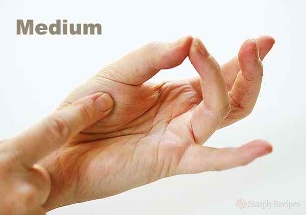 Finger Test for Meat Doneness Medium