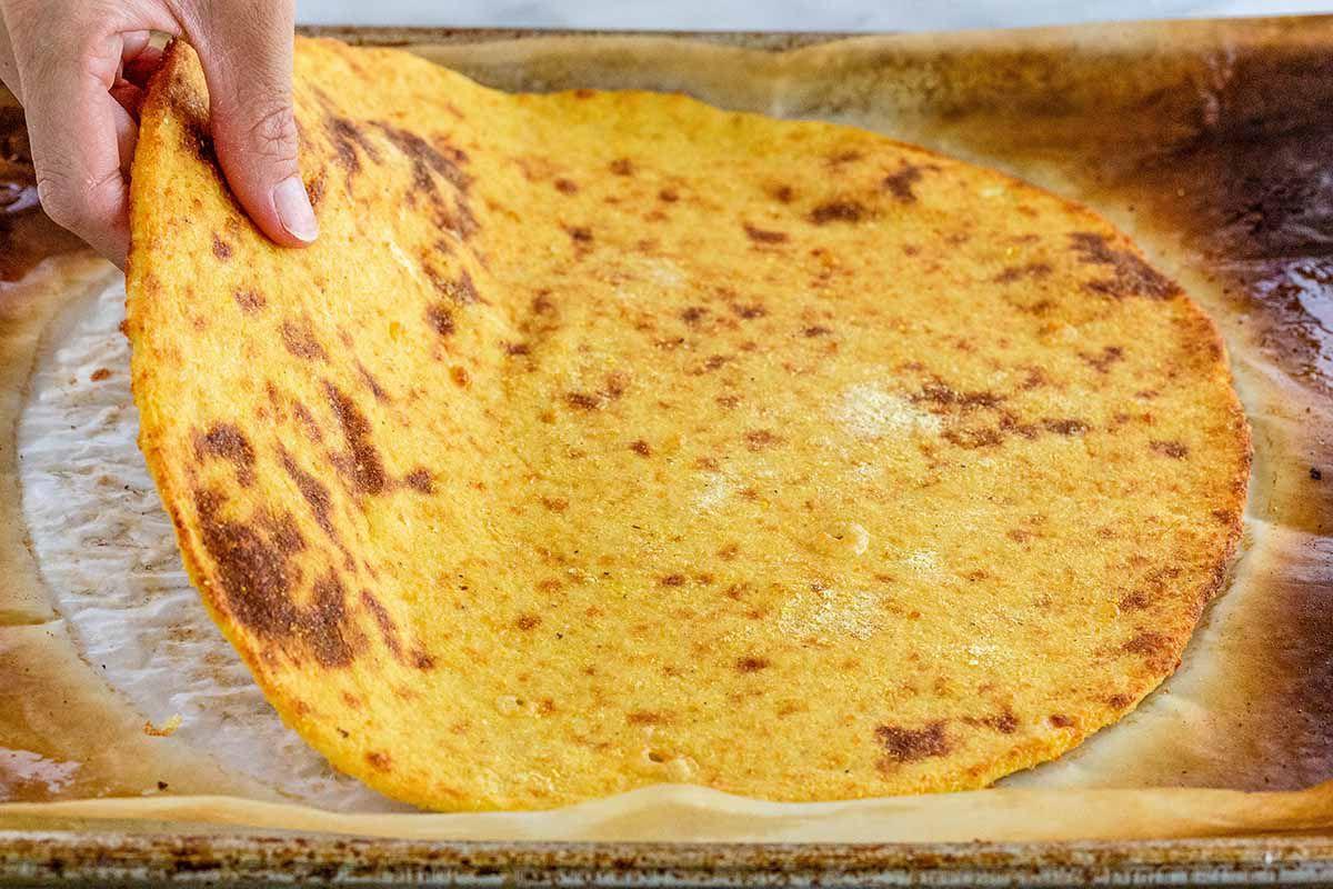 Gluten-Free Pizza Crust par bake the crust
