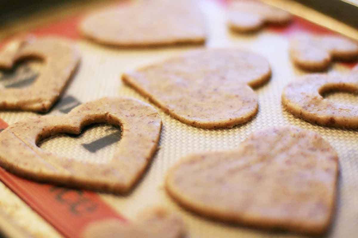 valentine-linzer-cookies-method-2