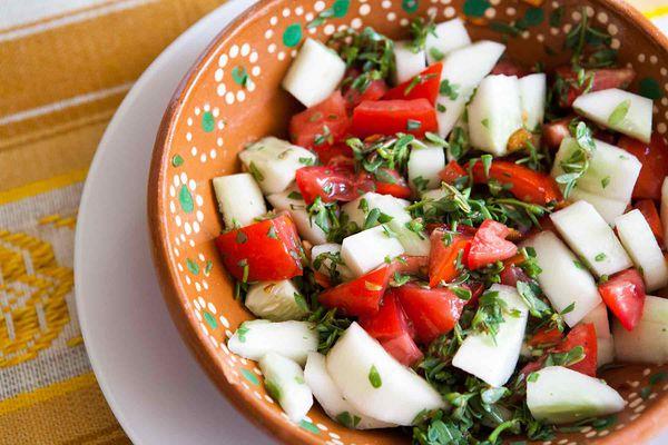 Tomato Cucumber Purslane Salad