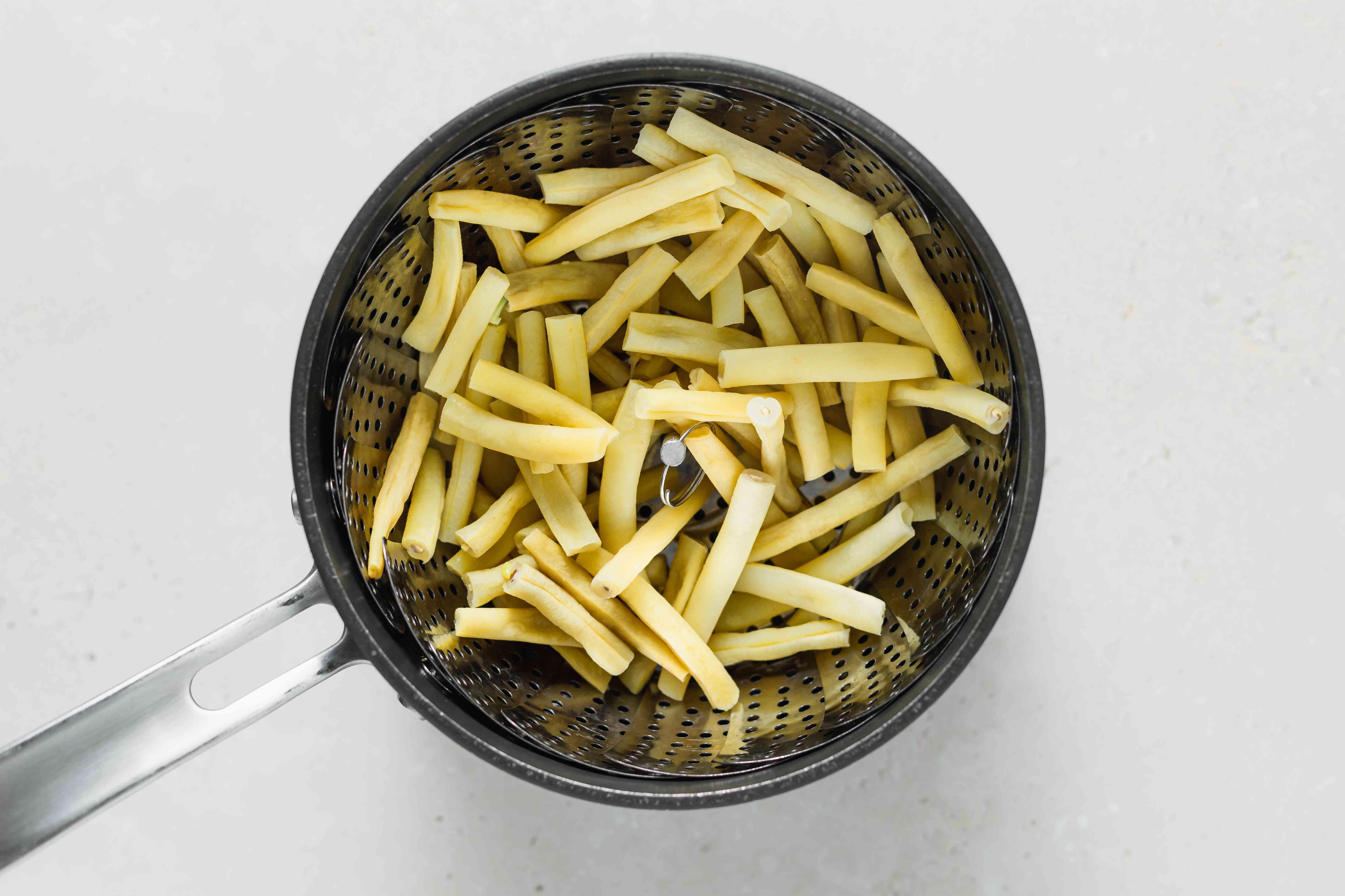 A pot of yellow beans.