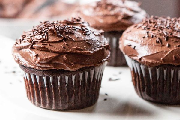 Gluten-Free Vegan Allergy-Friendly Chocolate Banana Cupcakes
