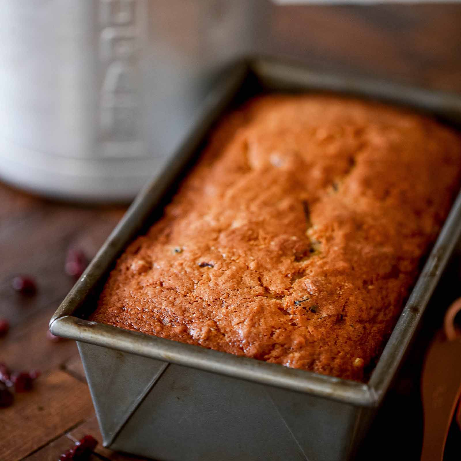 Glass Loaf Pan Guide - bread baked in loaf pan